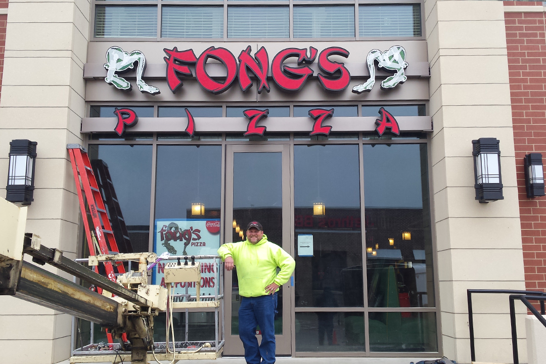 Install Fongs Pizza Channel Letters