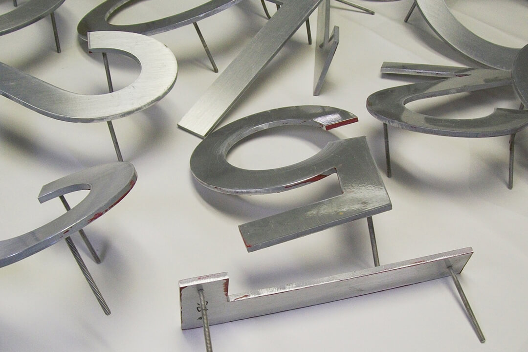 Manufacture Stud Mounted Routed Letters