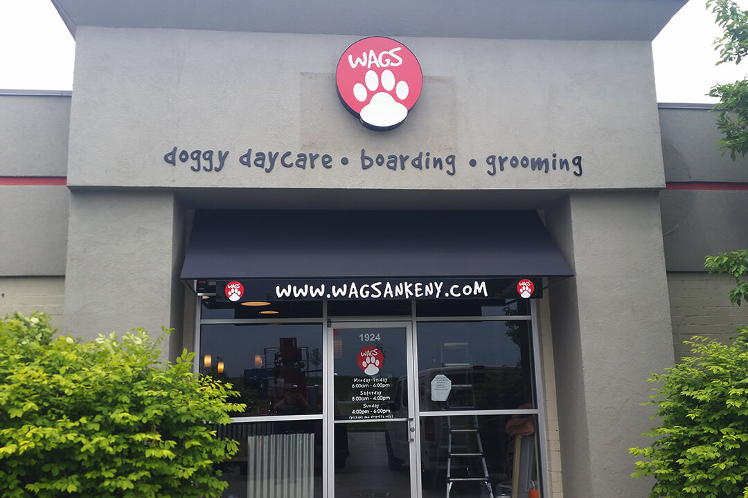Awning Wags