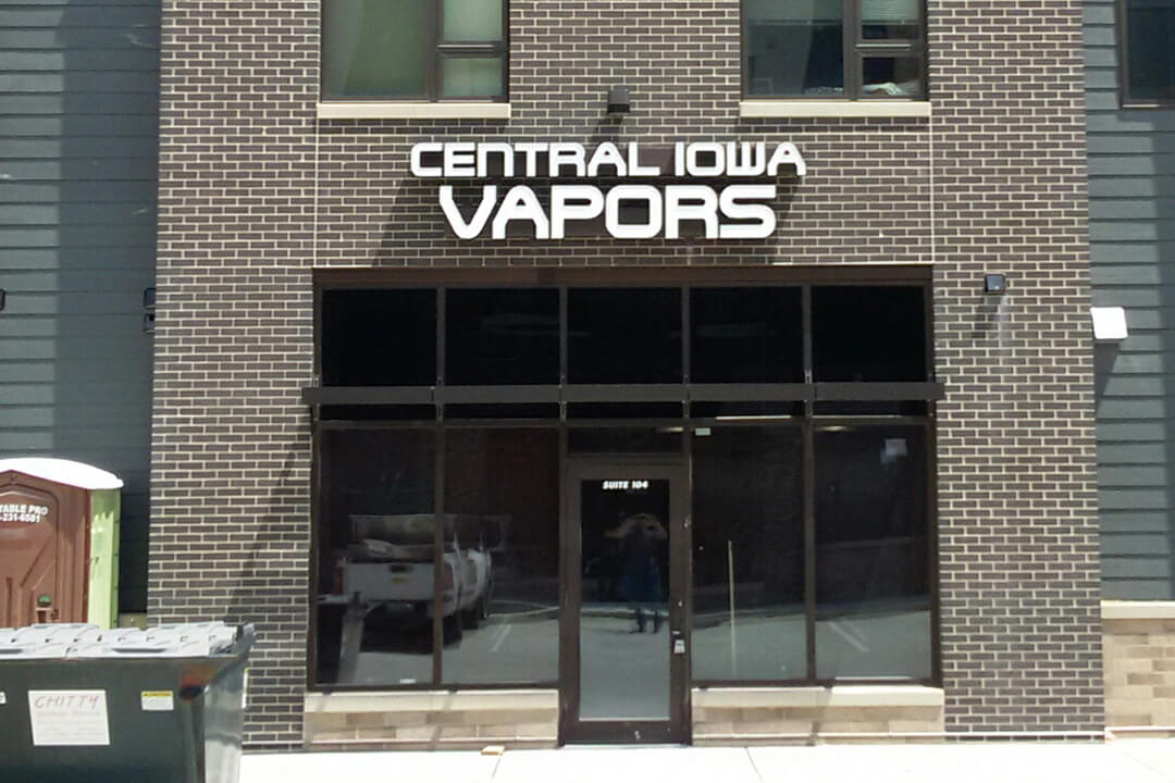 Channel Letters Central Iowa Vapors
