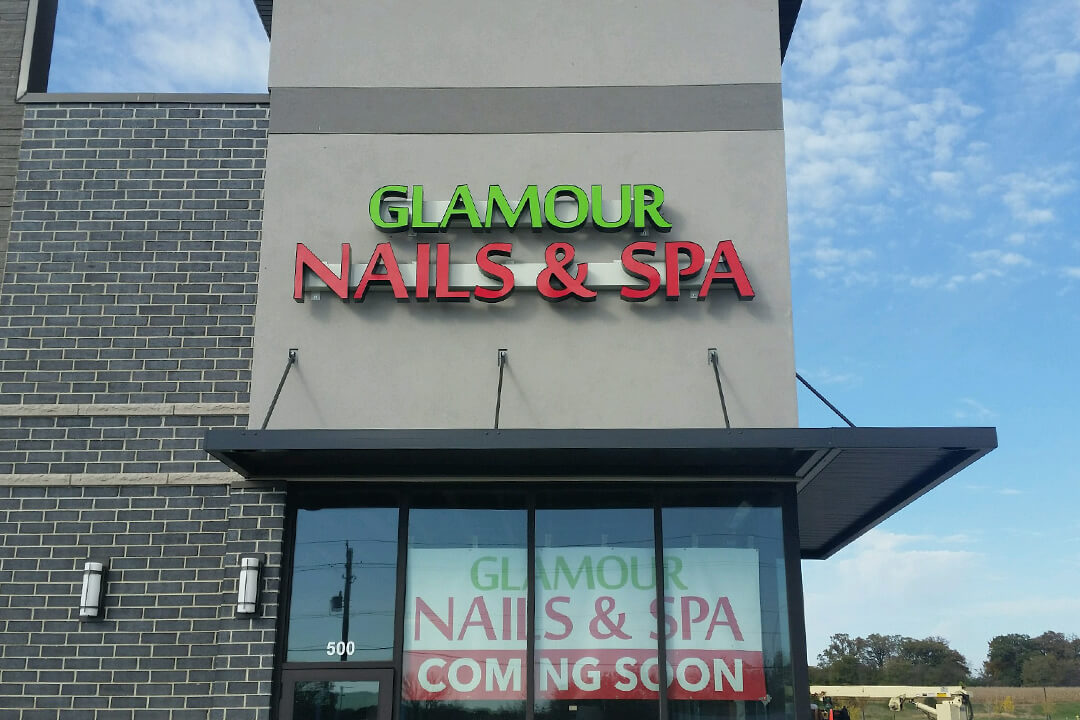 Channel Letters Glamour Nails & Spa
